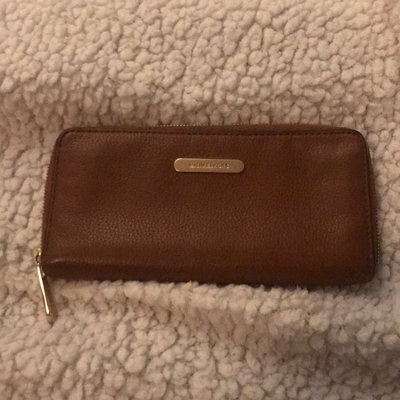 e30271bbd520 Michael Kors Bags | Tan Leather Wallet | Poshmark